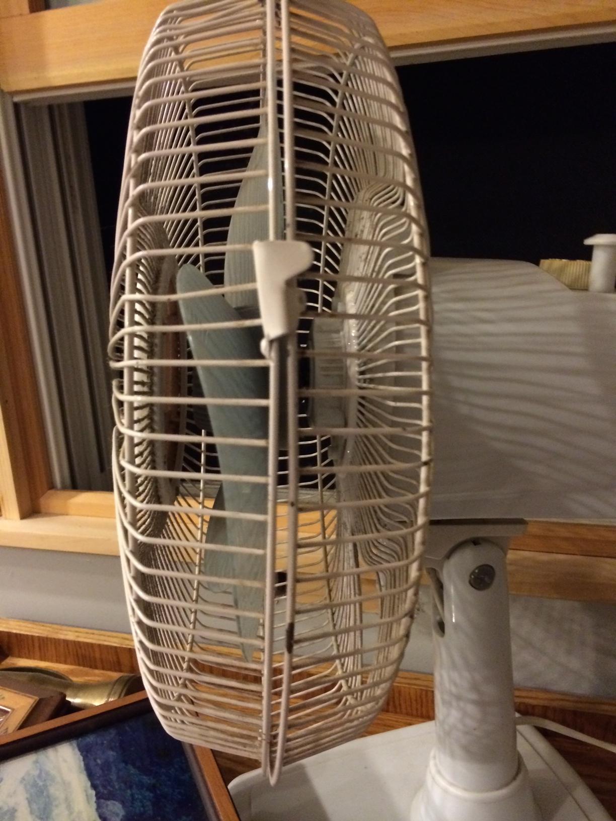 Windmere 7 Oscillating Fan : Windmere oscillating desk fan vintage ceiling fans